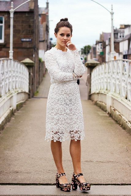 The little Magpie - White lace go-to's