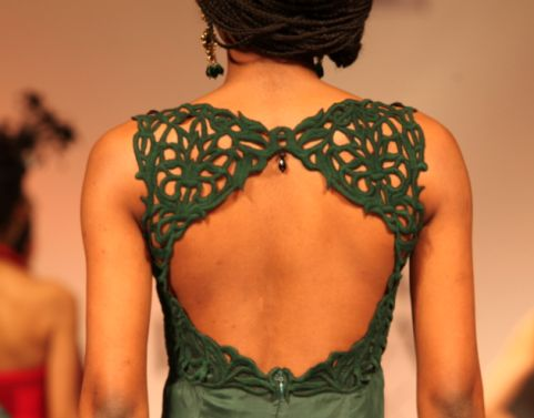 Exquisite design and detailing, perfect for a gorgeous (and sexy) wedding blouse! #indian #bridal #green