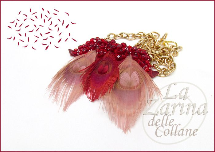 "Collana di piume ""Marsala"" - Feather necklace in red and pink with hand embroidery from La Zarina delle Collane designs"