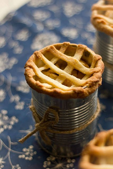 Apple pie in a can