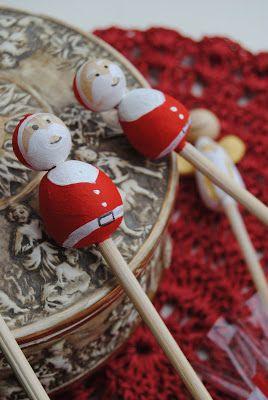 Petit cadeaux natalizi http://3gufettisulcomo.blogspot.it/2015/11/a-tavola-con-babbo-natale.html