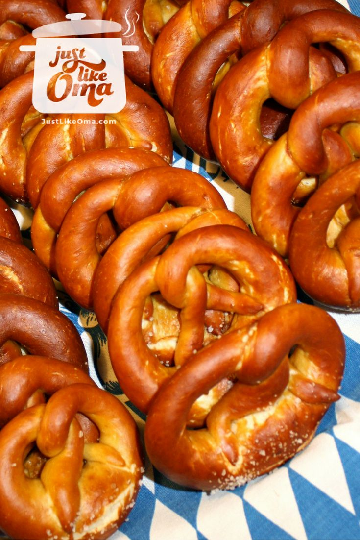 German Homemade Pretzels - authentic bakery style. Check out http://www.quick-german-recipes.com/homemade-pretzels.html  ❤️it!