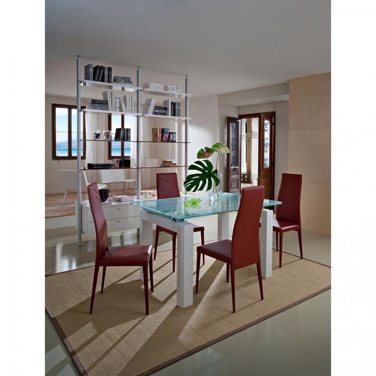 Tavolo estendibile con struttura laccata bianco lucido Alex by La Primavera http://www.keihome.it/tavoli-e-sedie/tavoli/alex-la-primavera/5889/