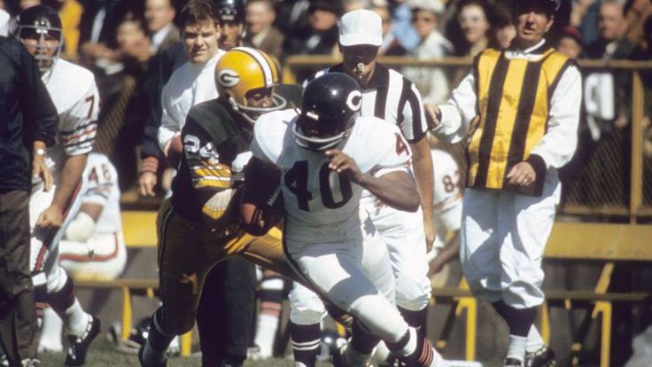 Gale Sayers, Chicago Bears- Top Running Backs in NFL History