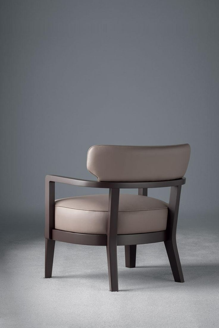 Zoe small armchair, design by Massimiliano Raggi, manufactured by Oasis,  covered with leather