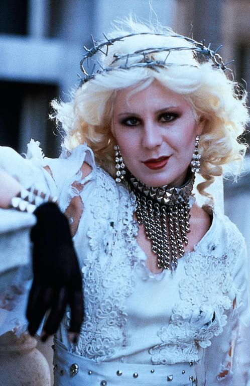 "Chloe Webb  as Nancy Spungen in:""Sid and Nancy"" love this movie, takes me back..."