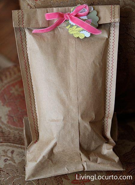 Homemade Gift Bags: Bags Gifts, Homemade Gift Bags, Brown Paper Bags, Sewing Crafts, Brown Bags, Gifts Wraps, Diy Gifts, Homemade Gifts Bags, Wraps Ideas