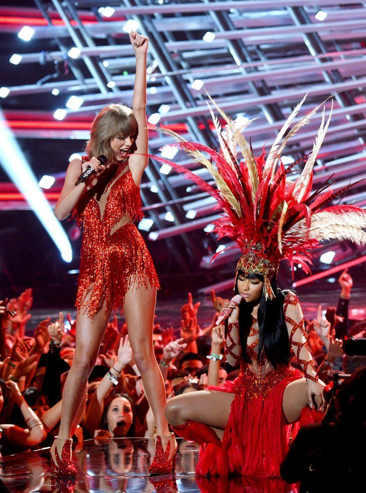 Pin for Later: Nicki Minaj Brings Taylor Swift Into Her Opening Number, Ends the Feud