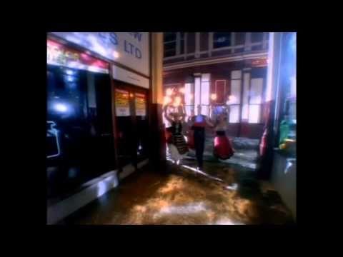 Erasure - Love To Hate You - YouTube