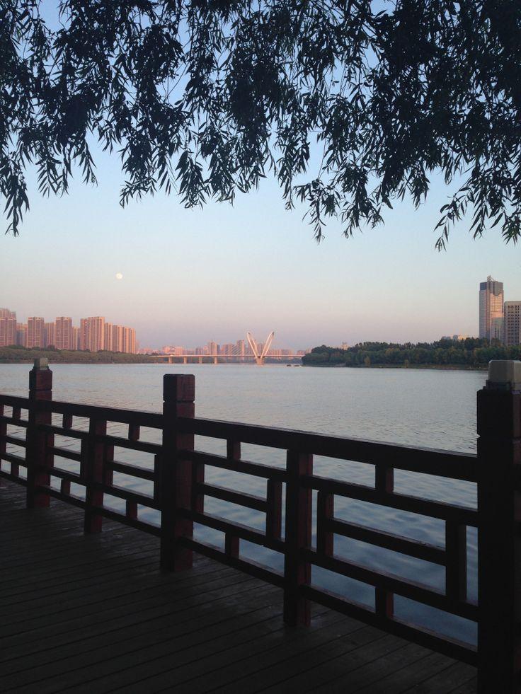 Walking the parks along the Hunhe River in Shenyang, China