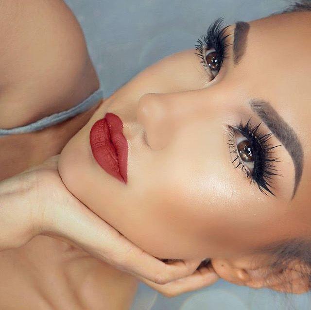 Stunning @auroramakeup #makeup #mua #motd