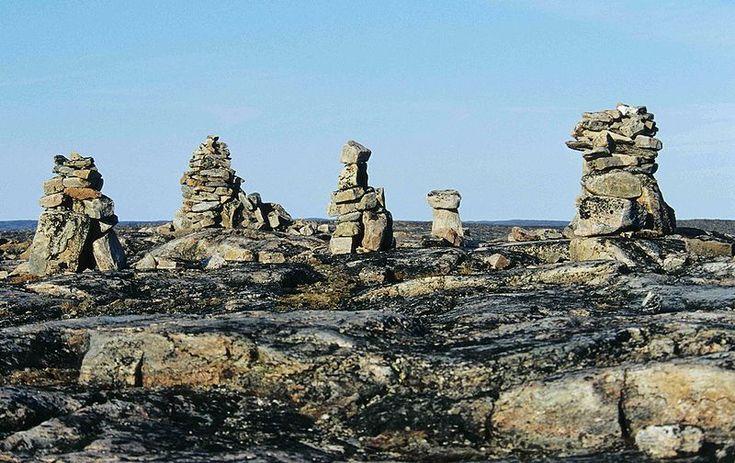 Inuksuk point, Foxe Peninsula (Baffin Island), Nunavaut, Canada - Ansgar Walk