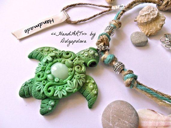 Collana Marina con tartaruga turchese stile di Polyclaydesign