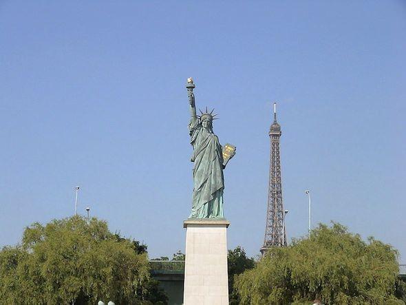 Масонские символы в архитектуре Парижа
