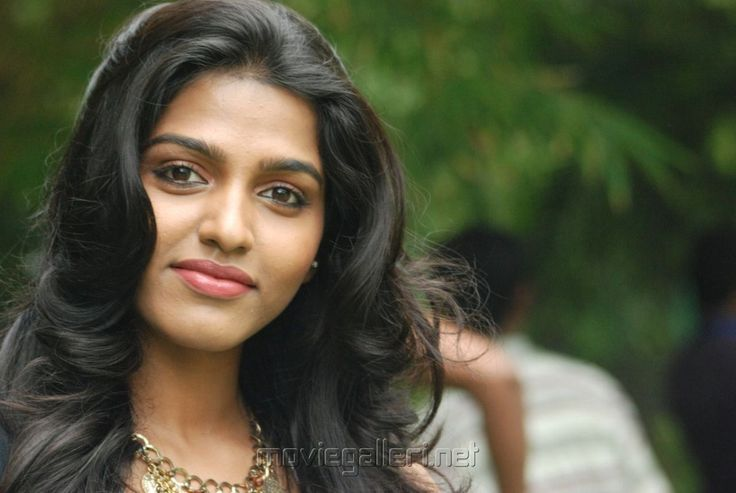 Tamil Actresses Wallpapers