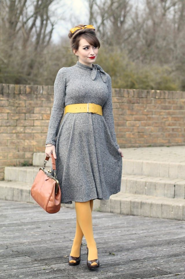 Grey Zara dress with mustard yellow accessories - pregnant pinup style
