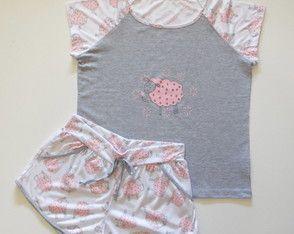 Pijama feminino tal mãe, tal filha - Conjunto manga curta malha poliester/viscose -  Estampa Contando Carneirinhos