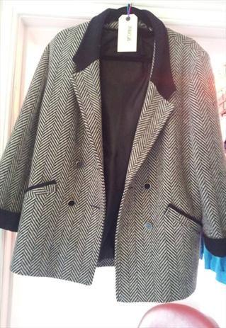 80s monochrome oversized tweet coat £25