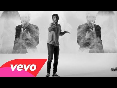 Thomas Rhett - T-Shirt (Instant Grat Video) - YouTube ||  Love this song and Thomas' crazy dancing :)
