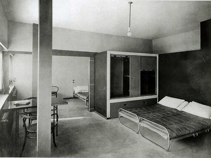 inside le corbusier 39 s weissenhof house stuttgart 1927. Black Bedroom Furniture Sets. Home Design Ideas