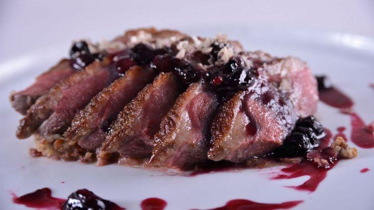 Receta | Magret de pato con salsa de arándanos - canalcocina.es
