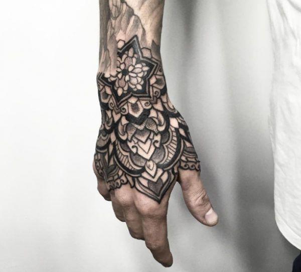 maori hand ornament tattoo tattoo. Black Bedroom Furniture Sets. Home Design Ideas