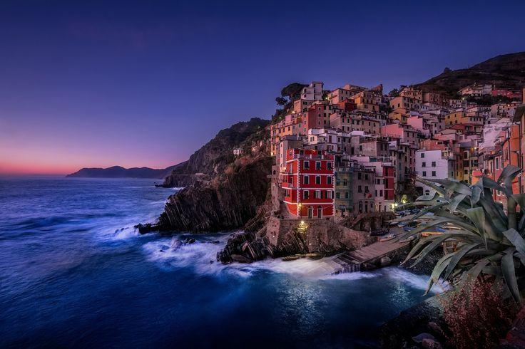 riomaggiore by Alessandro Colle on 500px