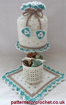 Toilet Tissue cover  small mat free crochet pattern from http://www.patternsforcrochet.co.uk/toilet-tissue-cover-mat-usa.html  #patternsforcrochet