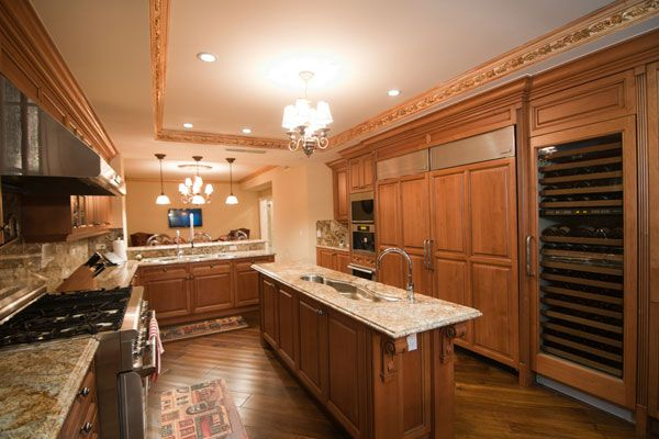 241 best ultra modern kitchen islands and carts designs for all types of kitchens styles images on kitchen island ideas kitchen bar carts id=80026