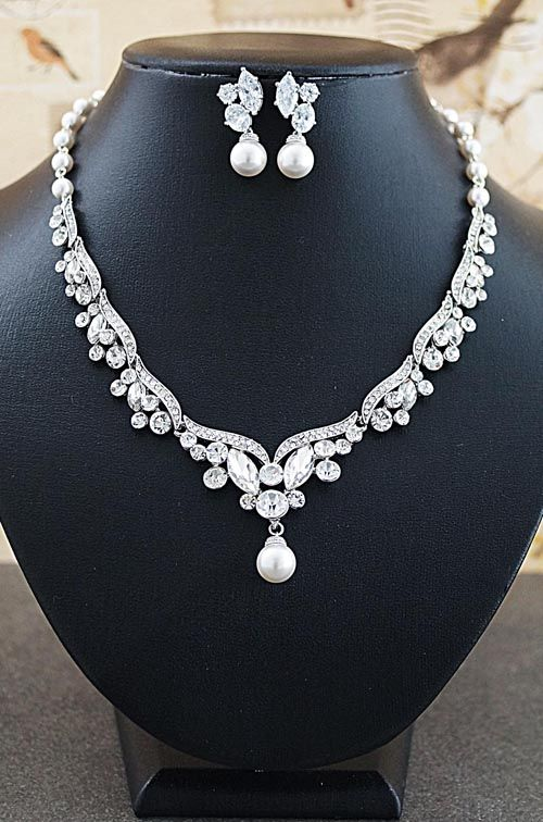 Vintage Style Bridal Jewelry Set from EarringsNation Bridal Statement Necklace Classic Weddings Pearl Jewelry