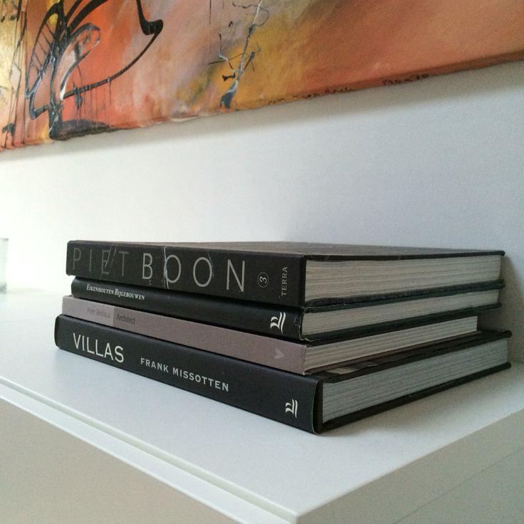 Livingroom inspiration / woonkamer inspiratie - more interiordesign on / meer interieurstyling op www.debbyrijvers.nl