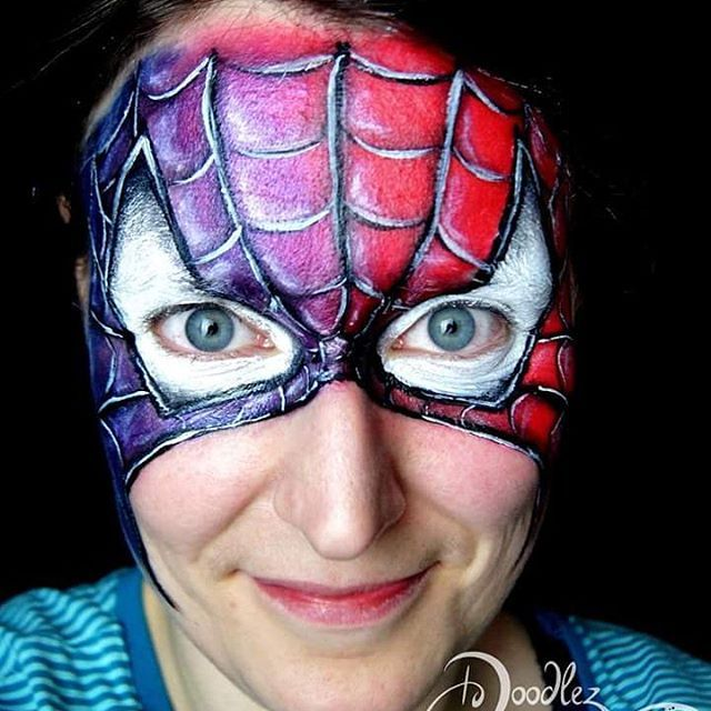 My version of a classic spiderman.... :) Another homework in Olga Musarevs fantastic international face painting school :) #spiderman #spidermanfacepaint #facepaint  #facepainting #doodlez  #intfps  #kinderschminkenhusum  #kinderschminkennordfriesland