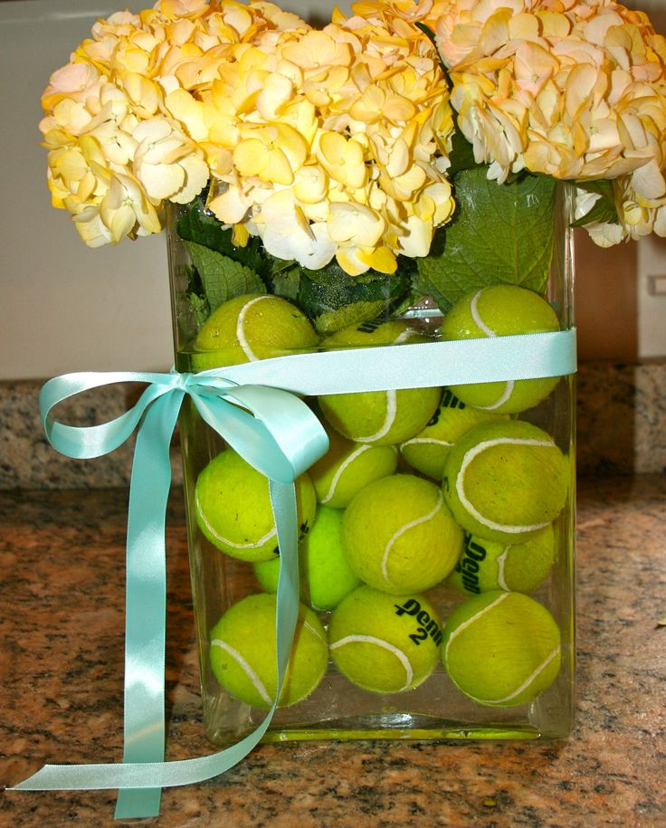 another cute centerpiece with tennis balls for my tennis party!