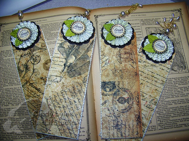 Tim Holtz: Scrapbook Ideas, Scrapbook Cards, Cards Scrapbook, Books Markers, Book Markers, Scrapbook Layout, Books Plates Illustrations, Holtz Bookmarks, Rosette Books
