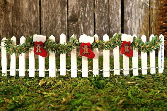 Miniature White Picket Fence with Garland and Christmas Stocking – Fairy Garden Furniture Miniature Fence Holiday Fairy Garden Accessories – xmas decor