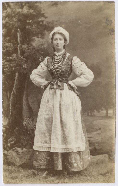 Walery Rzewuski, Portret Róży Tarnowskiej w stroju ludowym. (13 lutego 1880)