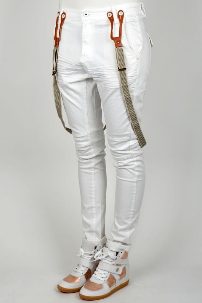 De ticket presale voor Sensation White aankomende zomer was een groot succes! Nu die bijpassende outfit nog. Laat Circle of Trust nou speciaal een broek hebben gemaakt voor Sensation White!!    CIRCLE OF TRUST ZOE DENIM SENSATION WHITE 07   Kelly Fashion Webstore