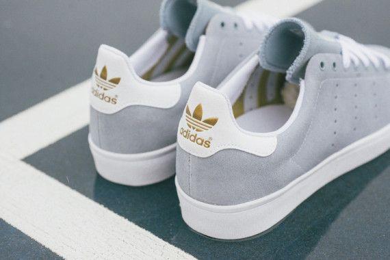 adidas skateboarding stan smith vulc dust blue 04 570x380