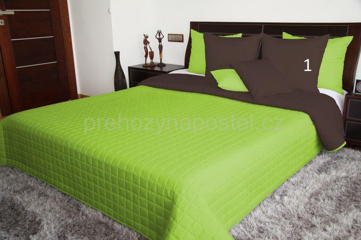 Oboustranné plédy a přehozy v zelené barvě na postele