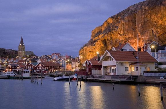Fjallbacka, Sweden    photo: Frank Heuer