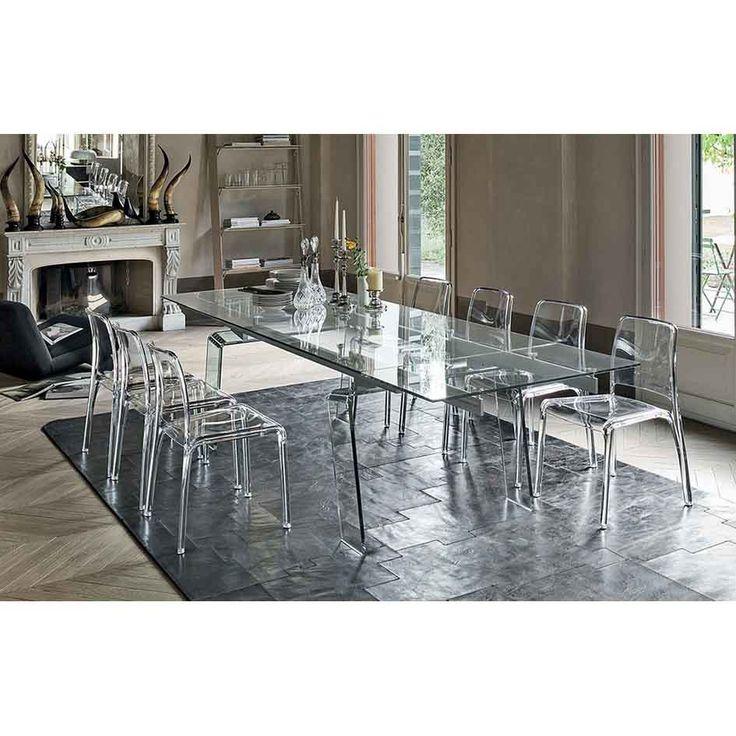 Tavolo allungabile in vetro curvato Target Point Crystal, con struttura in alluminio e gambe in vetro curvato dal forte spessore. Elegante e raffinato.