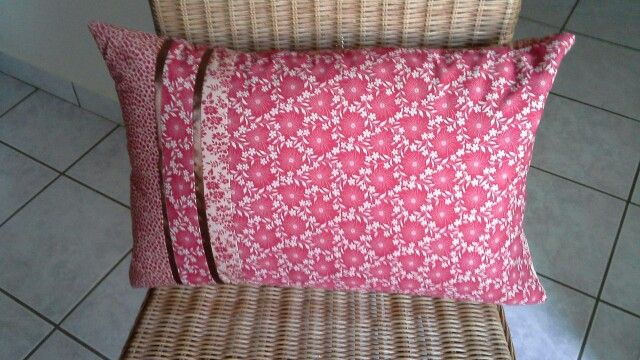 First attempt at making a cushion...with a zip!!!