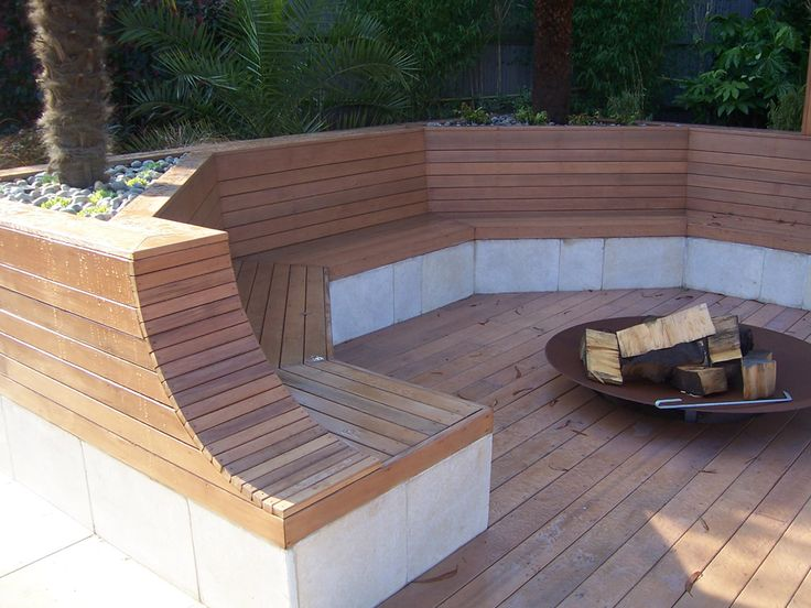 Cedar Built In Seating With Fire Pit