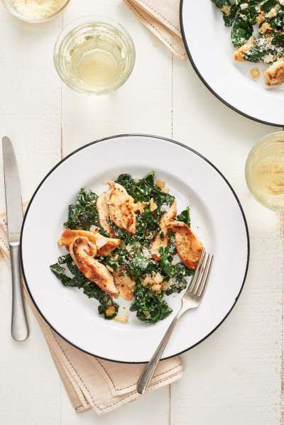 STYLECASTER | Savory Winter Kale Recipes | Parmesan Chicken and Kale Saute