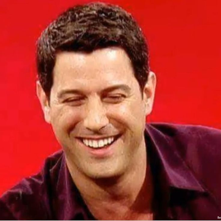 He is always up for a giggle on stage or off and we love him for it! Thanks for sharing Flávia Tirado #sebsoloalbum #teamseb #sebdivo #sifcofficial #ildivofansforcharity #sebastien #izambard #ildivo #ildivoofficial #seb #singer #sebontour #band #musician #music #composer #producer #artist #instfollow #followback #french #handsome #instamusic #amazingsinger #amazingmusic #amazingvoice #greatvoice #teamizambard