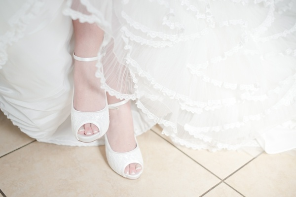 Pieter & Leandri | The Moon and Sixpence Wedding » Louise Vorster Photography.   Wedding shoes