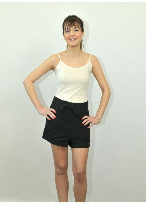 Pepaloves black Shorts with bow.