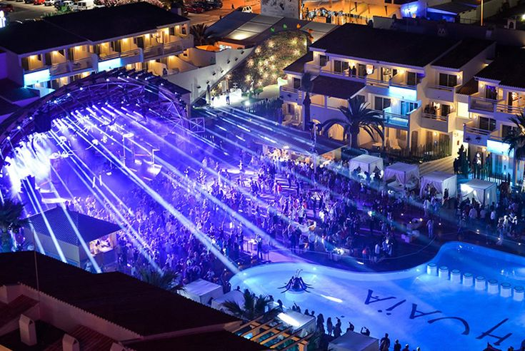 3nt Ibiza Closing Party Package @ Ushuaïa Tower Stay with Amnesia & Ocean Beach Club Entry
