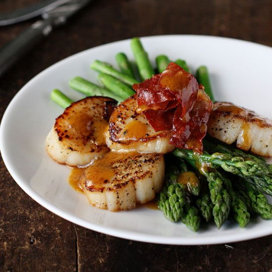 Asparagus with Scallops, Browned Butter and Prosciutto  | Food