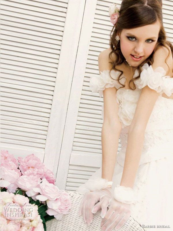 Roses are pink, dresses are off white - sweet wedding gowns for the young bride by Barbie Bridal